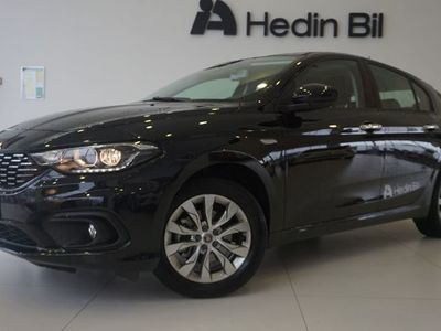 begagnad Fiat Tipo 5-D 1,4 120HK MT6 LOUNGE Apple Carplay Kampanj !