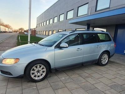 begagnad Volvo V70 2,0D 136 HK Repobjekt