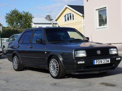 begagnad VW Jetta 4-dörrar 1.6 TD 70hk ny kamr