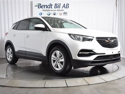 begagnad Opel Grandland X 1.2 Turbo / Panorama / 1.95% RÄNTA