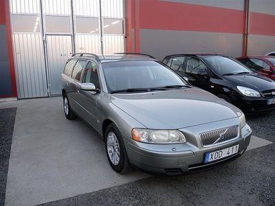 begagnad Volvo V70 2,4i 140HK,14000mil,Toppskick Kombi