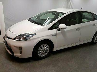 begagnad Toyota Prius Plug-in Hybrid 1.8 Active Vinterhjul 2016, Halvkombi Pris 189 500 kr