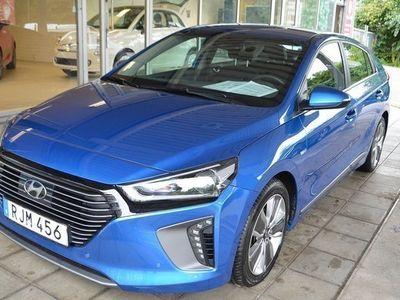 begagnad Hyundai Ioniq 1.6DCT Hybrid El Bensin Automat Navigation Euro 6 2017, Halvkombi 195 000 kr
