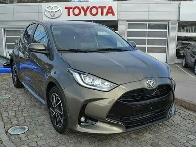 begagnad Toyota Yaris 1.5 5-D Active Plus 125hk Ny bil