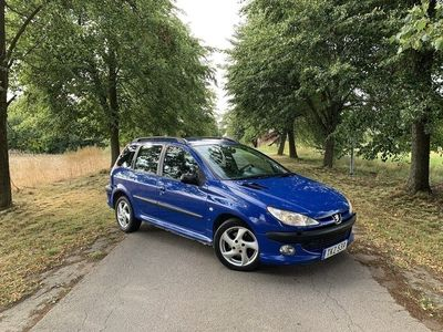 begagnad Peugeot 206 SW 1.6 XS Svensksåld. besikt 2020-02. 109hk