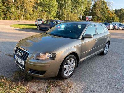 begagnad Audi A3 Sportback 1.6 FSI Attraction, Comfort