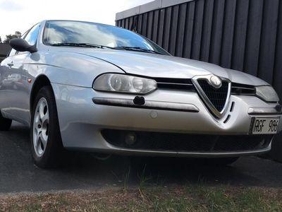 begagnad Alfa Romeo 156 2.0 TS Distinctive, 12900 mil