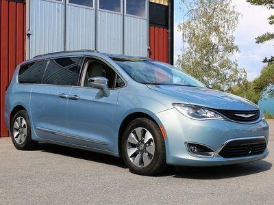 begagnad Chrysler Pacifica Hybrid Platinum Panorama Flexifuel 7-sits