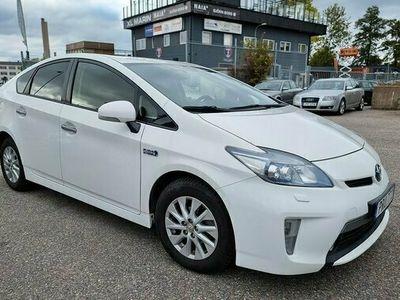 begagnad Toyota Prius Plug-in Hybrid 1.8 VVT-i 3JM Plug-in CVT 2015