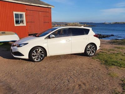 begagnad Toyota Auris Hybrid 1.8 VVT-i + 3JM