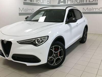 begagnad Alfa Romeo Stelvio 2,0 200HK B-tech