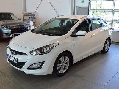 begagnad Hyundai i30 1.6 CRDi Select Kombi -13