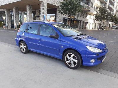 begagnad Peugeot 206 SW 1.6 Nybesiktad Låga Mil