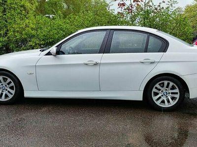 begagnad BMW 320 I SEDAN