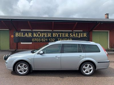 begagnad Ford Mondeo 2.2 TDCi ( BYTE / FINANS )