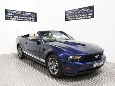 begagnad Ford Mustang CAB 3,7 V6 AUTO 304HK 1486kr/mån