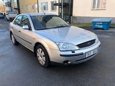 begagnad Ford Mondeo Halvkombi 2.0 145hk -03