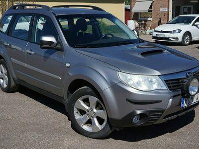 begagnad Subaru Forester 2.0 4WD 2010, Kombi Pris 52 900 kr