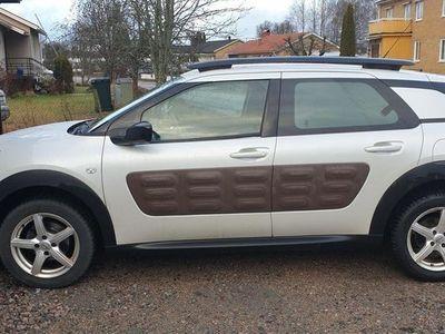 begagnad Citroën C4 Cactus