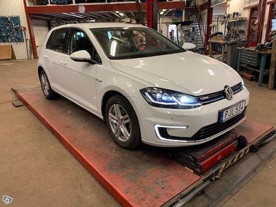 used VW e-Golf 100 Kw -17
