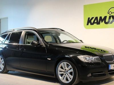 begagnad BMW 330 i AUT Panorama PDC Hifi Sportstolar (258hk)