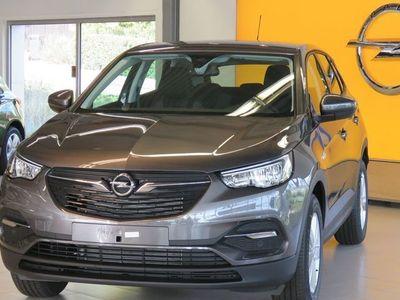 begagnad Opel Grandland X DESIGN LINE PLUS AUT 130HK