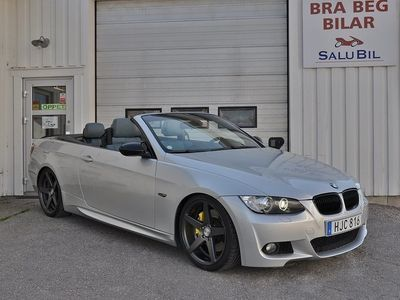 begagnad BMW 335 i Convertible M-Sport Nav Drag Svensksåld