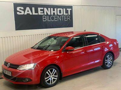 begagnad VW Jetta 1.6 TDI DSG Sekventiell Premium, Sport 105hk