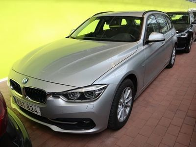 begagnad BMW 320 d xDrive | Sport line | Drag | S&V-Hjul 190hk