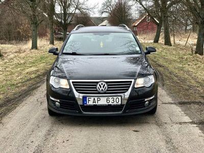 begagnad VW Passat 2,0 TDI Svensksåld Highline. GPS. MM
