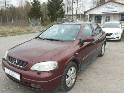 begagnad Opel Astra 5D 1.8 ELEGAN