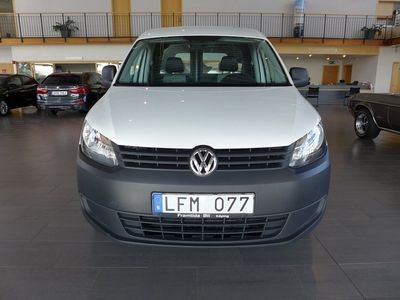 begagnad VW Caddy Panel Van 1.2 TSI Drag Vinterhjul AC Bränslevärmare 2011, Personbil 77 500 kr