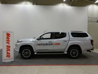 begagnad Mitsubishi L200 2,2d DoubleCab Premium Automa