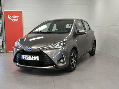 begagnad Toyota Yaris Hybrid 1,5 Elhybrid TOUCH & GO EDITION