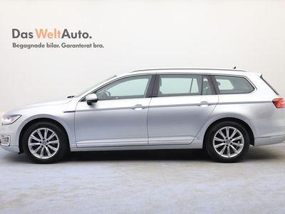 begagnad VW Passat Variant SC GTE DSG6/Backkamera/App-connect