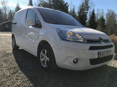 begagnad Citroën Berlingo 1.6 HDI / FULLSERVAD -13