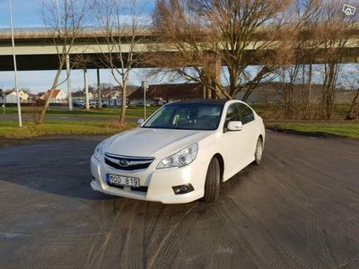 begagnad Subaru Legacy 2.0i -10