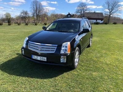 begagnad Cadillac SRX V8 4WD