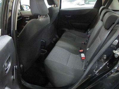 begagnad Toyota Yaris 1,33 100 HK 5 dr -13