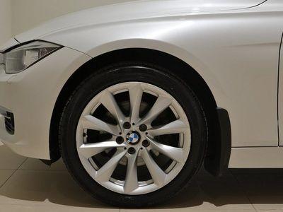 begagnad BMW 320 dA xDrive Touring Modern Line