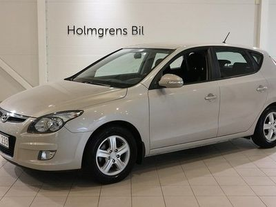 begagnad Hyundai i30 E-Sense 5d 1.6 CRDi M6 2010, Halvkombi 64 900 kr