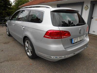 begagnad VW Passat Kombi TDi 4-MOTION R-LINE