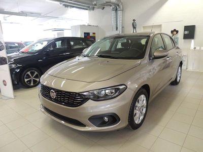 used Fiat Tipo 5D 1.4 MT6 Lounge 2017, Kombi 155 700 kr
