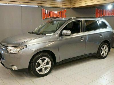 begagnad Mitsubishi Outlander 2,2D Aut 4WD 7-Sits Skinn Drag Motorv 2013, SUV Pris 129 000 kr