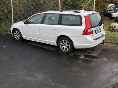 begagnad Volvo V70 2.5 Kinetic