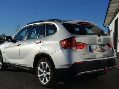 begagnad BMW X1 2.0D X-DRIVE SV-SÅLD AUT DRAG 177 HK