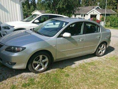 begagnad Mazda 3 SEDAN 1.6 EXCLUS