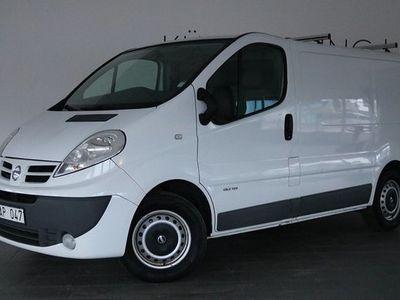 begagnad Nissan Primastar 2.0 dCi Bra sevicehist Förvaringskåp 2014, Transportbil 69 900 kr