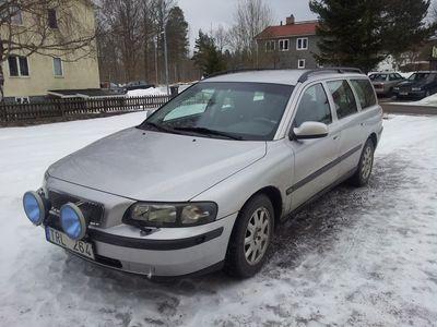 begagnad Volvo V70 2003