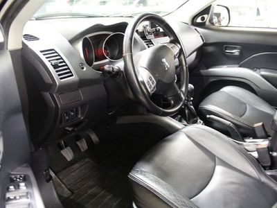 begagnad Peugeot 4007 2.2 HDi Drag PDC Skinn 7-Sits